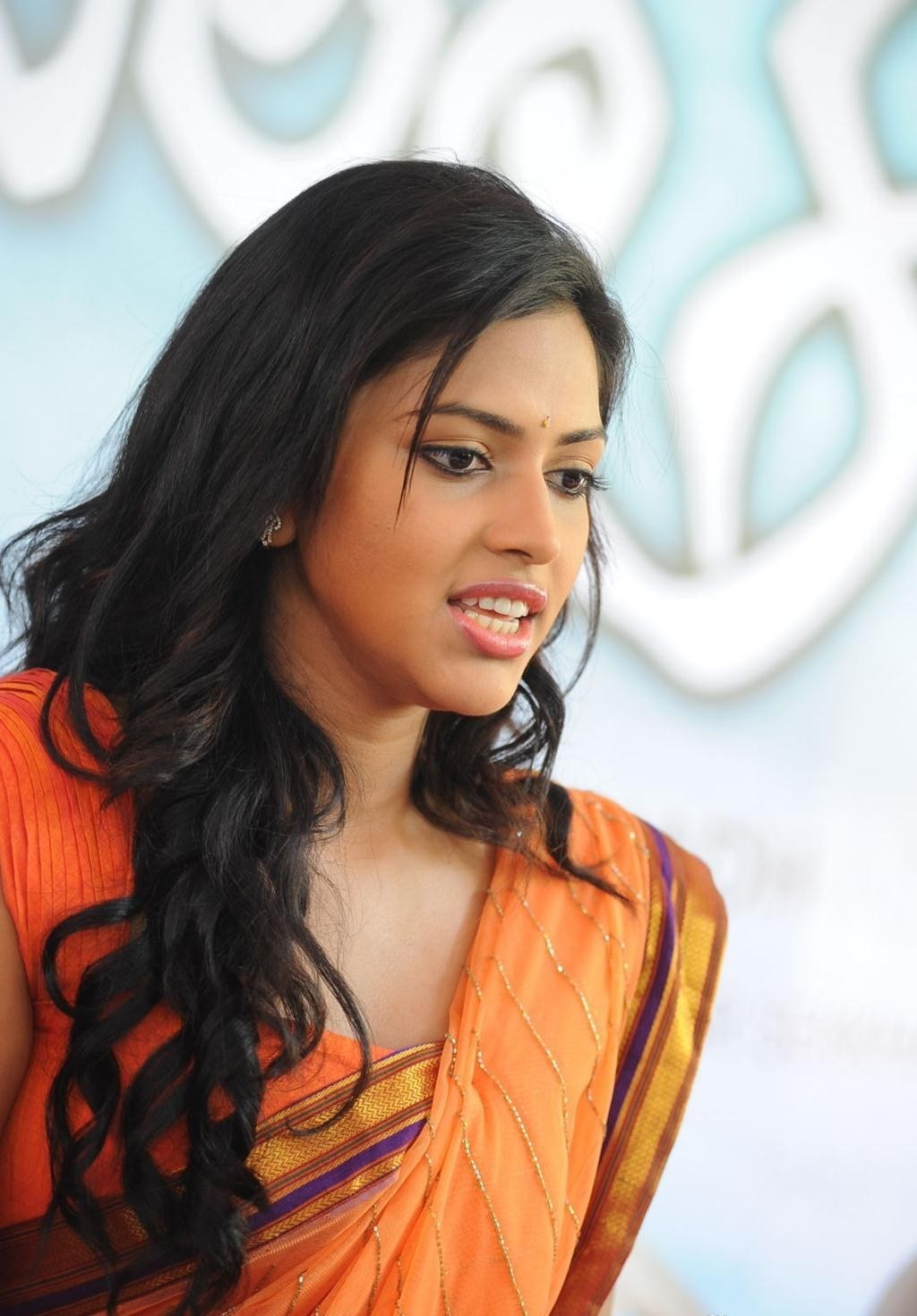 amala paul cute stills (4)