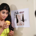 Shriya Saran - behind screens (12)