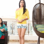 Shriya Saran - behind screens (14)