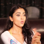 Shriya Saran - behind screens (9)